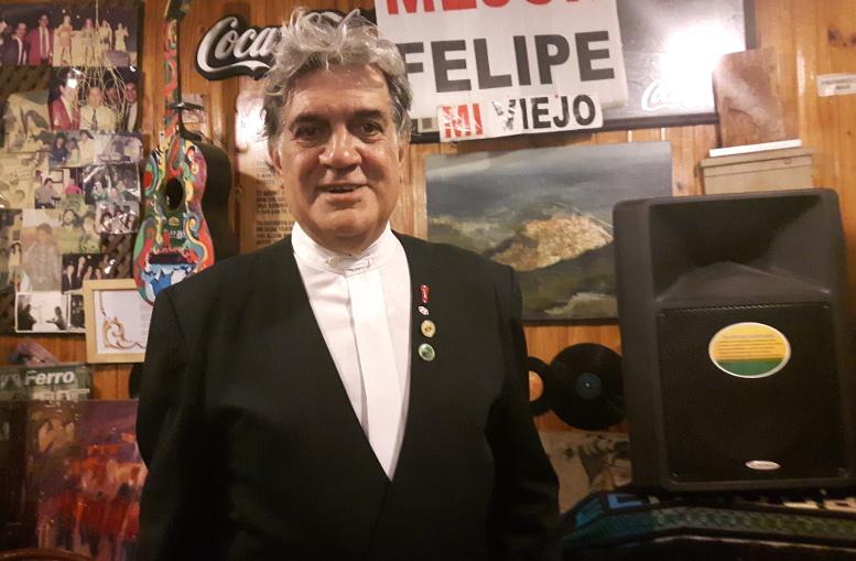 """Felipe """"Toto"""" Evangelista, integrante de la Cofradía de Caballito y titular del Viejo Buzón"""