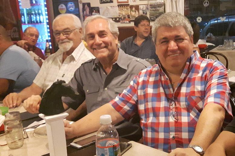Angel Contela de la Junta de Historia de Caballito, Roberto Pérez integrante del Rotary Club de Caballito y Ricardo Pedace.