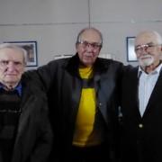 Los autores Pablo Buj y Angel Contela con Aquilino González Podestá, presidente de la Junta de Estudios Históricos.