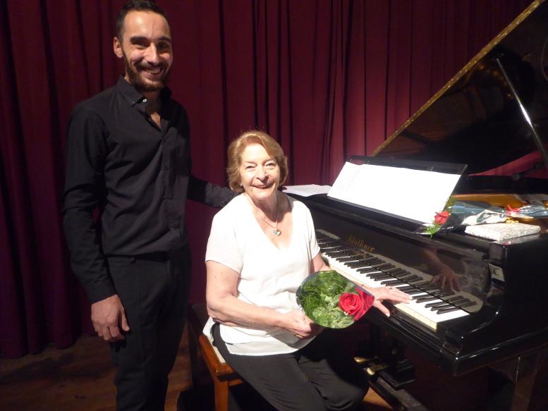 La Profesora Hebe Battistoni junto al Profesor Bruno Amalfitano.