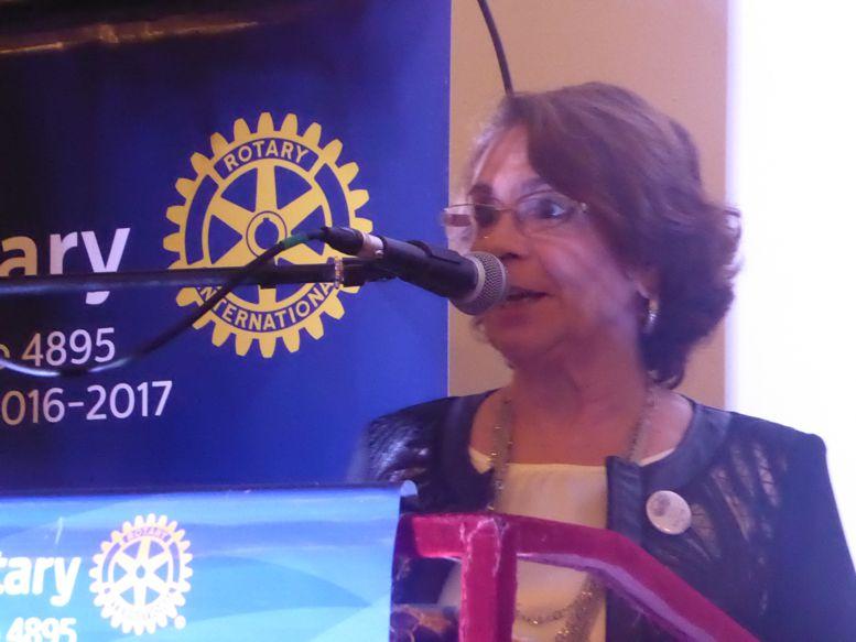 Durante el evento tuvo lugar el cambio de autoridades de la Rueda Femenina, la nueva presidenta es Susana Veiga.