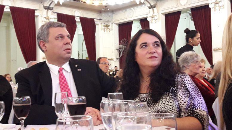 El ex Gobernador de Distrito, Luis Bottino y su señora, Graciela.