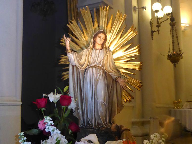 Virgen Nuestra Señora de la Misericordia, patrona del barrio de Caballito