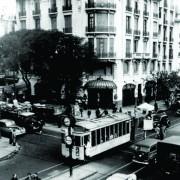 Confitería Ideal en Rivadavia y José Maria Moreno, precursora del Delivery.