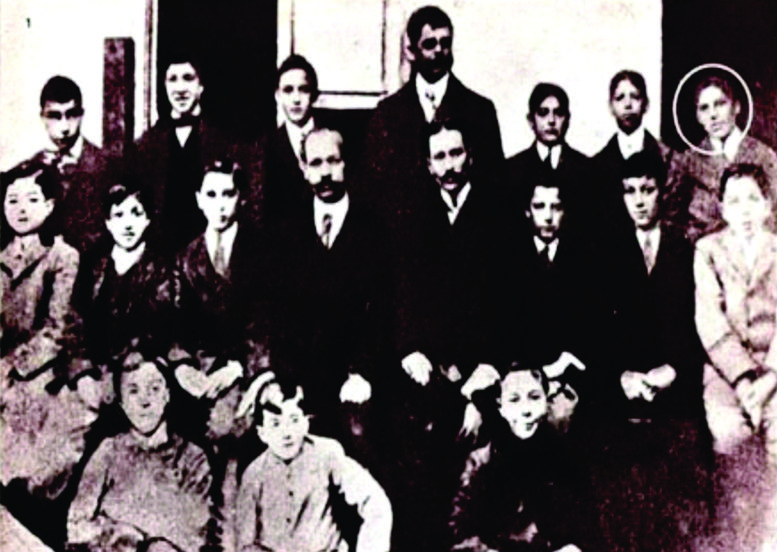 Un presidente argentino que cursó sus estudios primarios en una escuela del barrio.