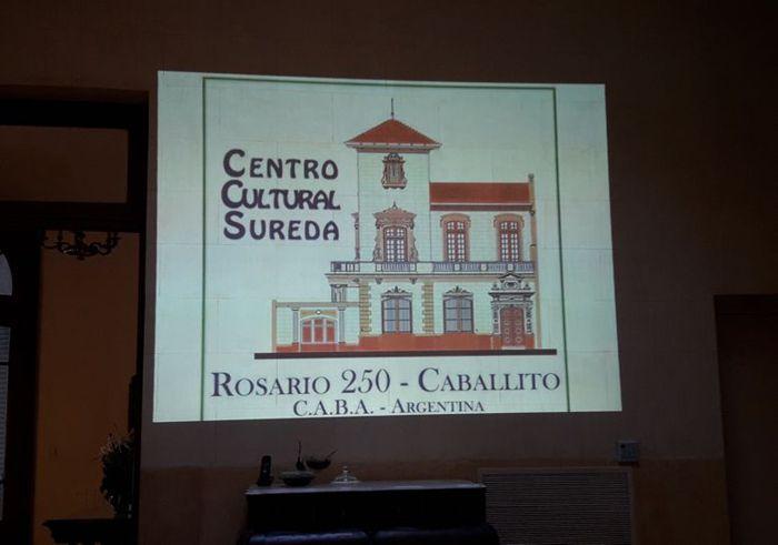 La visita comienza con la proyección de un breve audiovisual con la historia de la casa