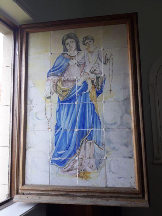 Imagen en la ventana del mirador que puede observarse desde la calle.