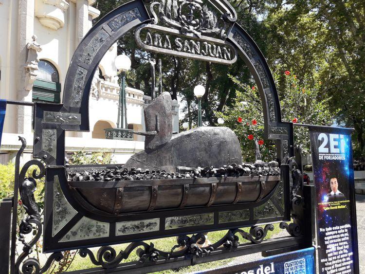 Homenaje al ARA San Juan