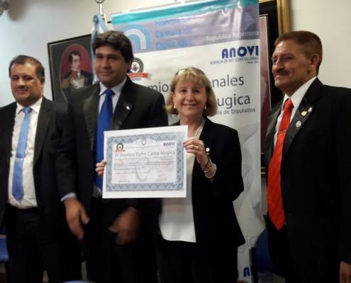 Susana Espósito recibe su reconocimiento