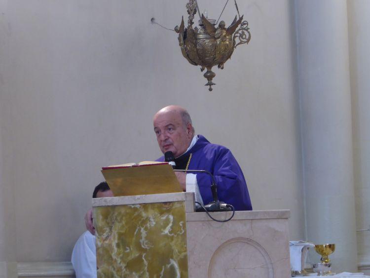 Palabras de despedida del párroco Antonio Aloisio.
