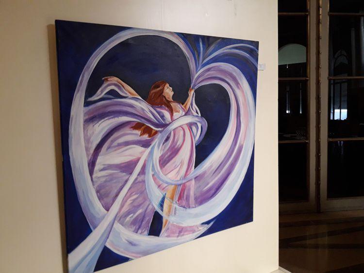 En el Hall de Honor hubo una destacada exposición artística relacionada con el Día de la Mujer.
