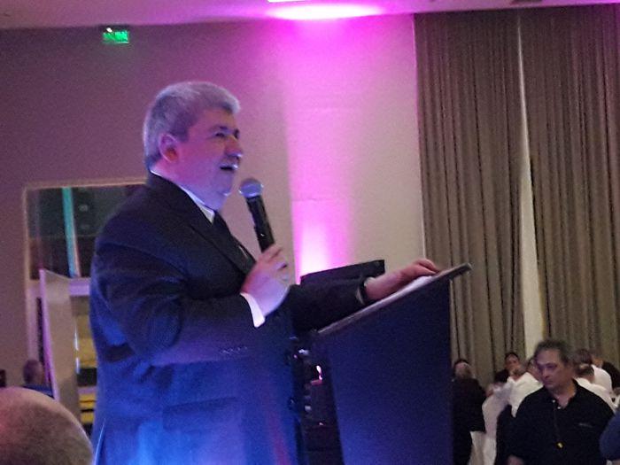 Ricardo Pedace, presidente de Rotary Caballito dio la bienvenida a los presentes.