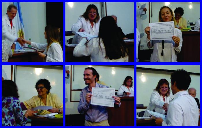 Entrega de diplomas a los médicos residentes.