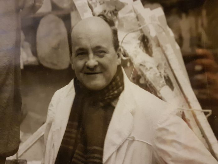 Luis Perlotti en su taller