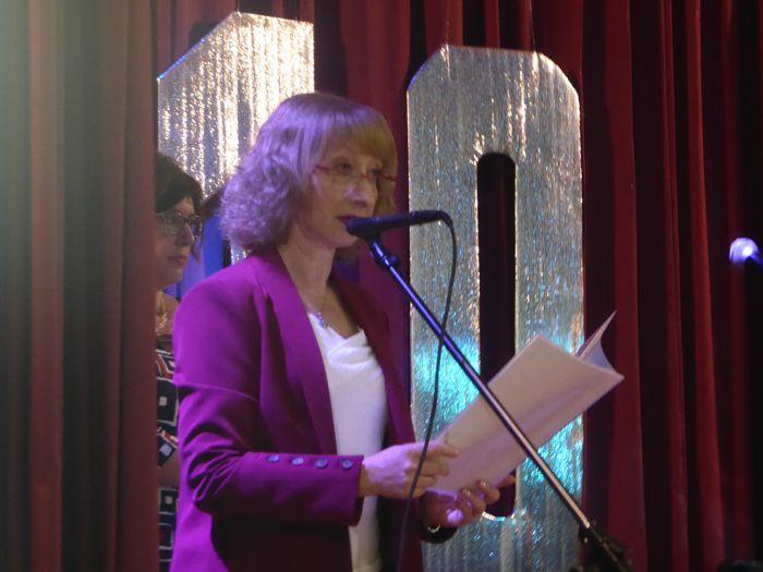 La directora, Alicia Dipinto durante su mensaje.