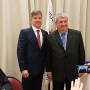 El nuevo presidente del período 2018-2019 junto a Ricardo Pedace, presidente saliente, período 2017-2018