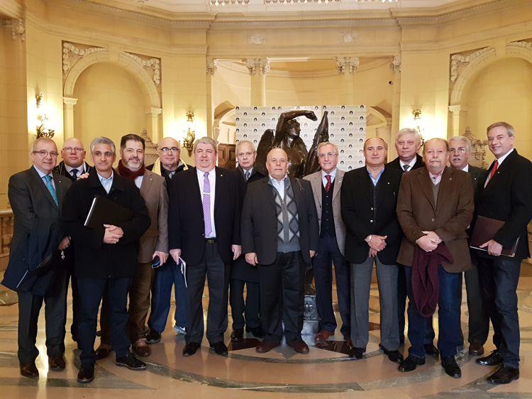 """Integrantes de Rotary Club """"Caballito"""" en la Legislatura."""