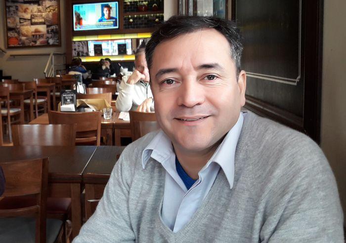 Comisario Adrián Luján (Comisaría 6 B)