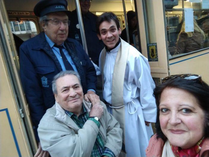 Aquilino González Podestá, el padre Guido, Arnaldo Goenaga y Marina Bussio.