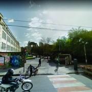 Actualmente la calle Beauchef se corta en Rosario, frente al Parque Rivadavia.