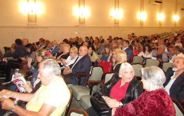Teatro del Club Italiano.