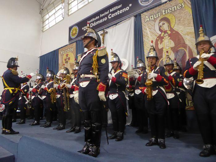 """Banda Militar Ituzaingó del Regimiento de Artilería """"Brigadier Tomás de Iriarte""""."""