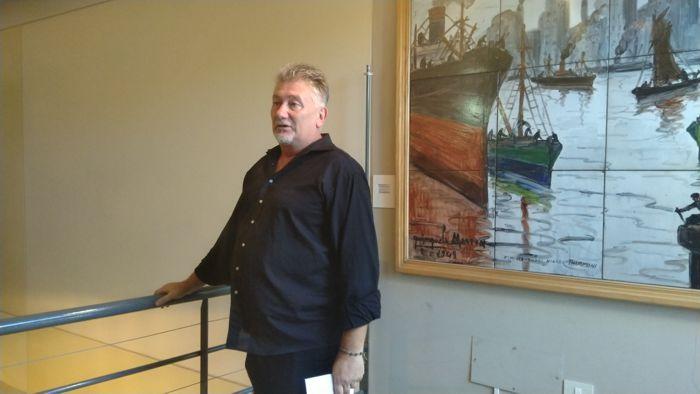 Darío Klehr, director del museo, dio la bienvenida a los artistas en el Día del barrio de Caballito.