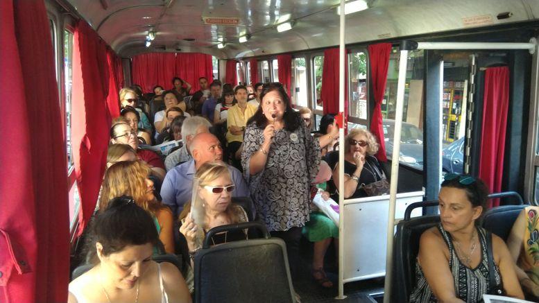 Marina Bussio relató la historia de los diferentes sitios visitados.