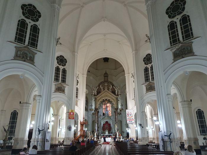 Interior de Nuestra Señora de Buenos Aires.
