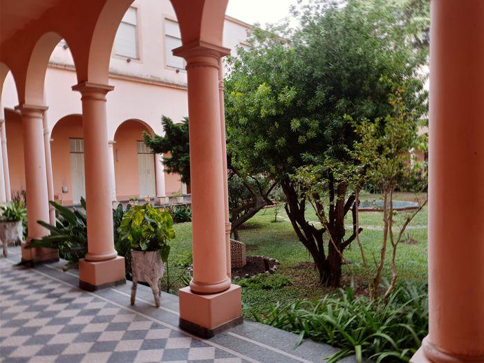 Jardines de la Parroquia El Buen Pastor.
