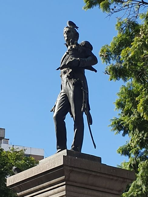 Monumento a Miguel de Azcuénaga (1910)