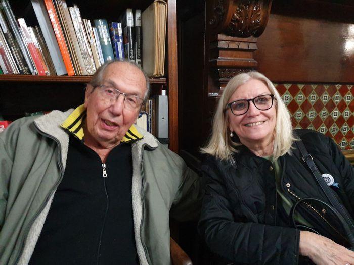 Nelly Pareja, presidenta de la Junta Central de Estudios Históricos de Buenos Aires y Aquilino Gónzález Podestá de la Junta de Caballito.