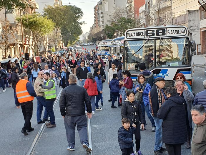 Avenida Directorio durante la celebración.