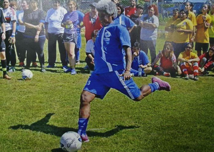 Amalia Flores, primera jugadora con pase internacional.