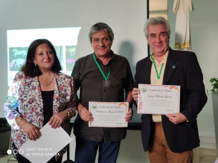 El legislador (MC) Jorge Giorno y el Prof. Francisco Silva recibieron la distinción La Orden de la Veleta.