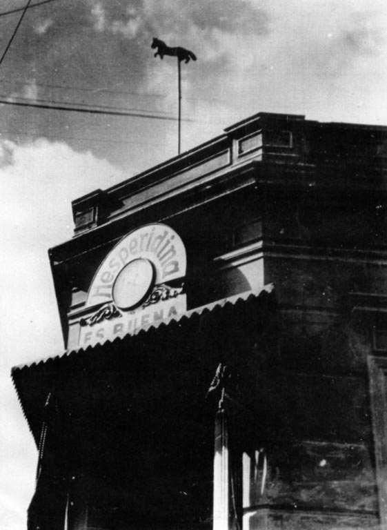 Esquina de Emilio Mitre y Rivadavia donde estuvo la última ubicación de la Veleta de Caballito.