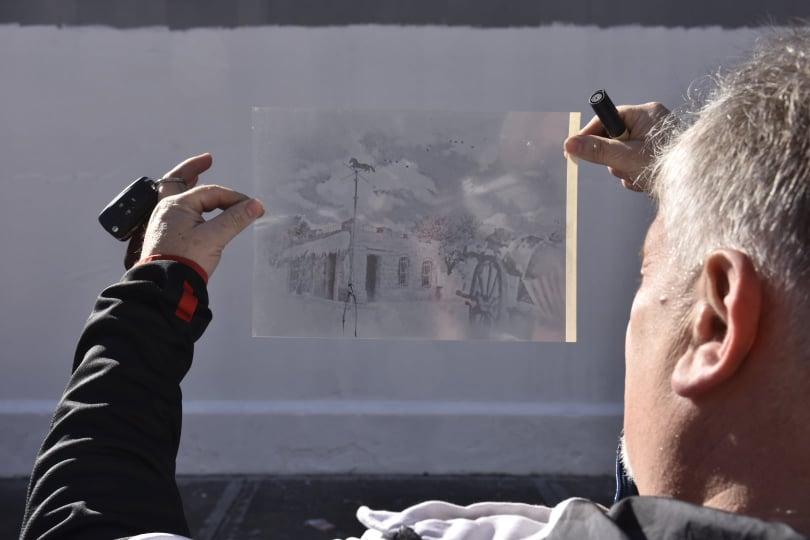 Darío Klehr, director del Museo de Esculturas Luis Perlotti durante la realización.