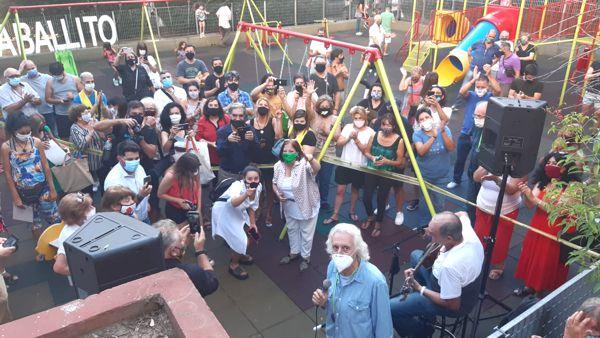 Y la plaza fue una fiesta.