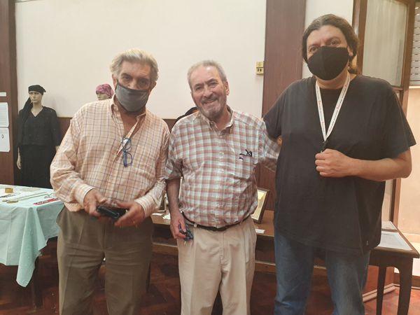 Toto Evangelista y Waldo Fonseca visitaron la muestra.