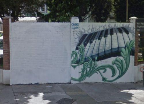 El mural no contaba con la autorización de Argerich, por lo que su imagen fue tapada.